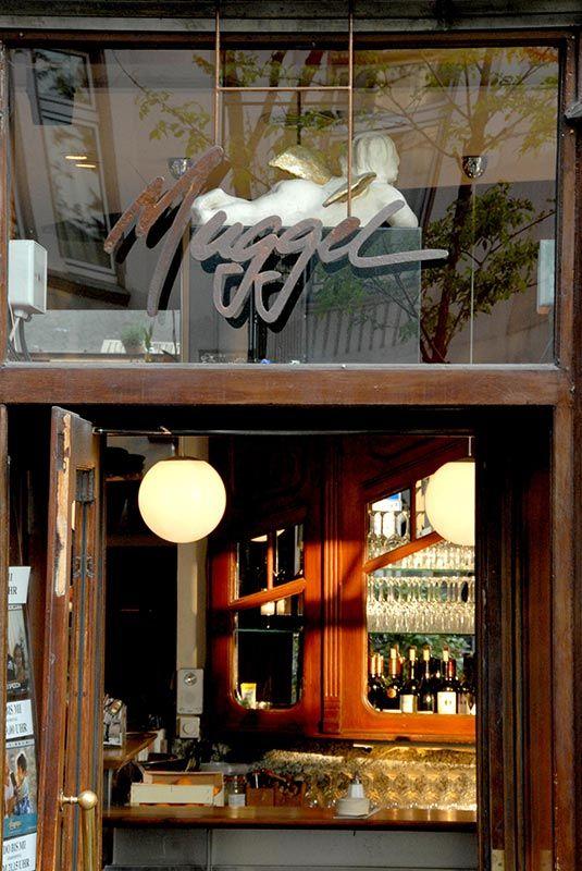 Muggel - Cafe - Bar - Restaurant Dominikanerstrasse 4 40545 Düsseldorf