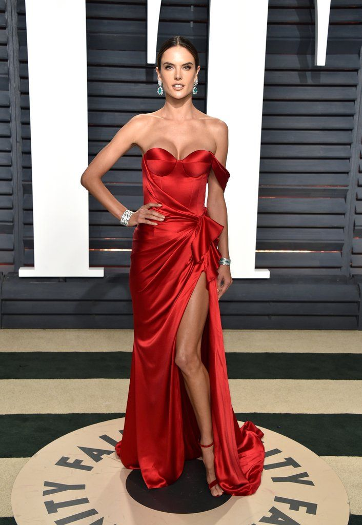 2017 Oscars Vanity Fair After-Party - Alessandra Ambrosio in Ralph & Russo