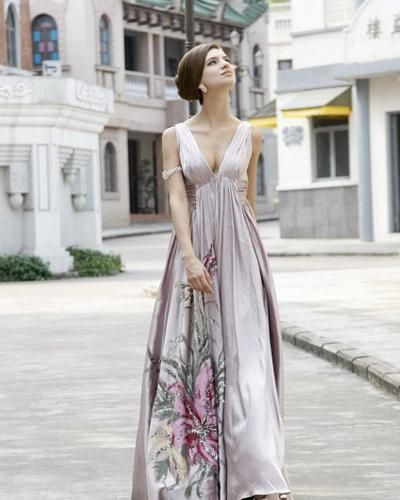 Discovering the Most Beautiful Garden Wedding Dresses - Glam Bistro