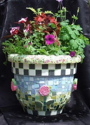 Mosaic flower pot - great way to dress up plain terra cotta pots, or to unify the look of a lot of mis-matched pots