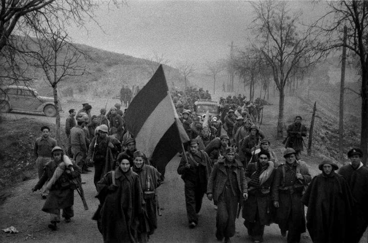 Entrada en Teruel del Ejército republicano, diciembre de 1937.
