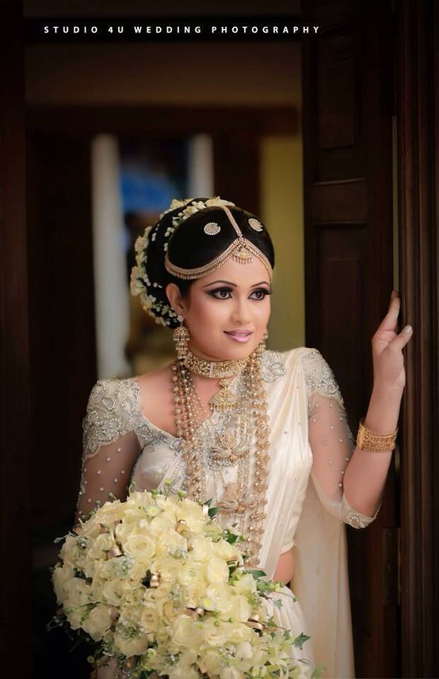 1000 images about sri lankan wedding on pinterest sri for Sri lankan wedding dress