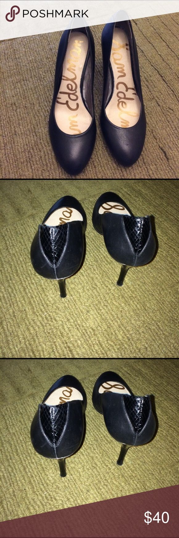Sam Edelman Heels Sam Edelman leather, snake skin shoes with metal around the heel. Heel is snake skin. The sliver metal is right above the heel. A minor scratch one shoes. Not very noticeable. Shoes 👠 in very good condition as shown. Circus by Sam Edelman Shoes Heels