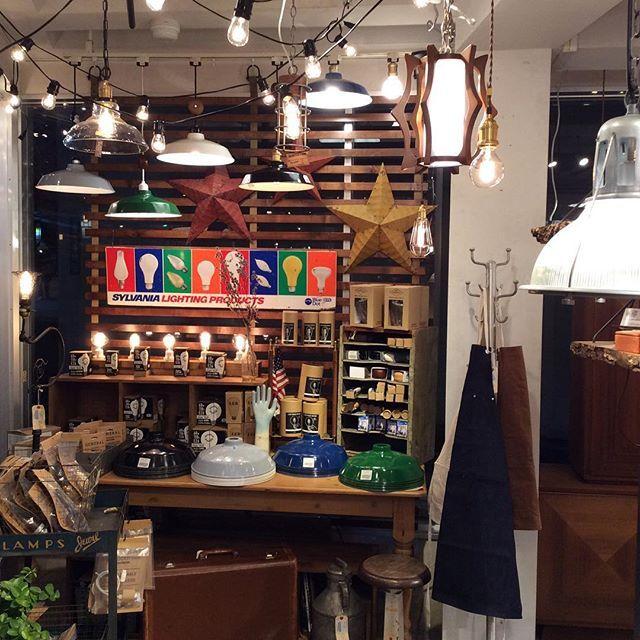 WEBSTA @ acme_furniture - #acme#furniture#acmemeguro#acmefurniture#vintage#lifestyle#interior#california#lamp#light#bulb
