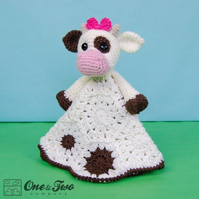 I think Doris the Cow is the favorite lovey of my little Alice. She's always hugging her and saying moo moo  #crochet #crochetpattern #crochetaddict #ravelry #etsy #etsyseller #etsyshop #ilovecrochet #instacrochet #crochetersofinstagram #oneandtwocompany  #cow #farm #crochetlovey #crochetblanket by oneandtwocompany