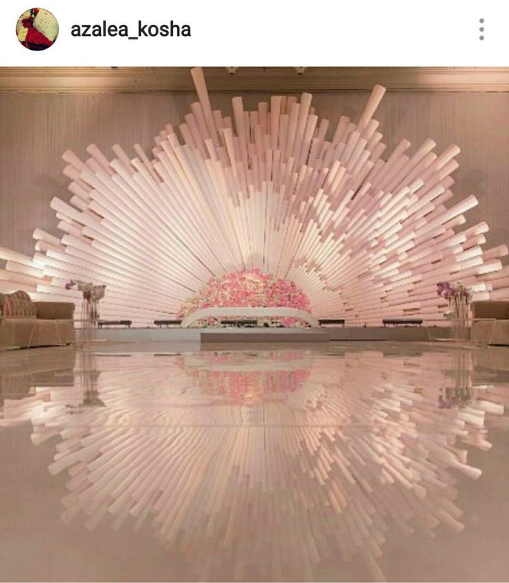 What a stunning entrance unit, stage backdrop or photo backdrop this would make!