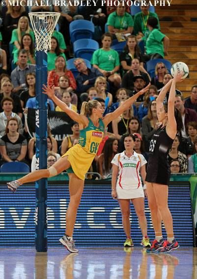 30.10.2015 Silver Ferns Bailey Mes and Australia's Laura Geitz in action during the Silver Ferns v Australian Diamonds.