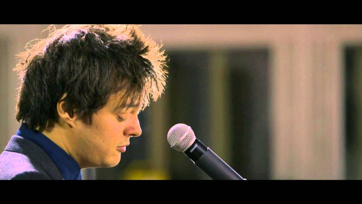 My favorite musician, Jamie Cullum, and his rendition of, one of the greatest songs of all time, Pure Imagination.