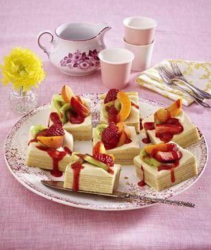 Baumkuchen mit Amarula-Creme und frischen Früchten