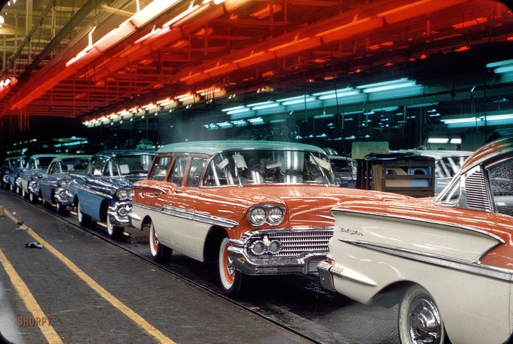 """October 1957. """"Assembly line with 1958 Chevrolets."""" 35mm Kodachrome by Phillip Harrington, one of 1,200 photos taken for the Look magazine assignment """"GM's 50 Years of Men, Money and Motors."""""""