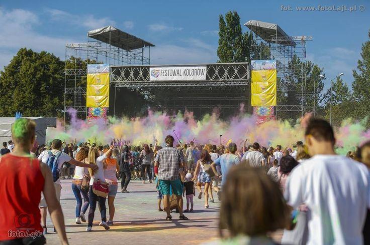 #Festival of #colours in #Gdansk / #colorful #party #ilovegdn / photo: fotoLajt