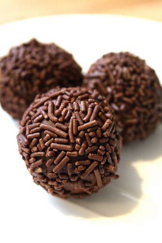 Canadian Living's Really Good Rum Balls