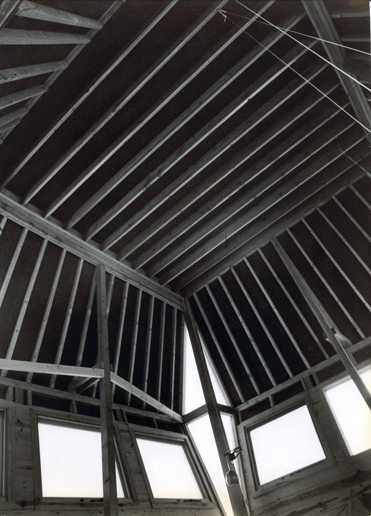 ceiling.jpg 1.681×2.340 pixel