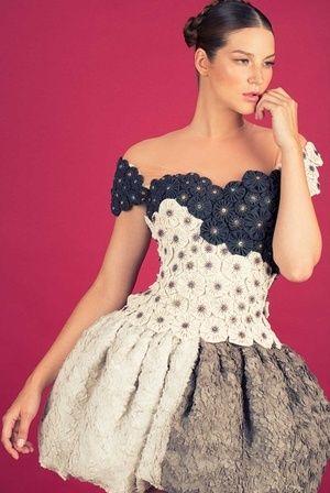Romy von Alexandra Dohmen jetzt auf nelou.com shoppen. Und 8900 weitere Designs mehr.