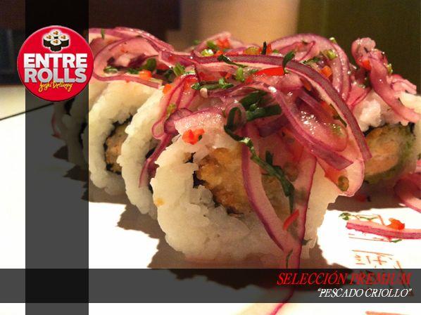 Nombre: Pescado Criollo Componentes: Pescado frito, palta, cubierto con salsa criolla (cebolla morada, limon) Precio: $4.900