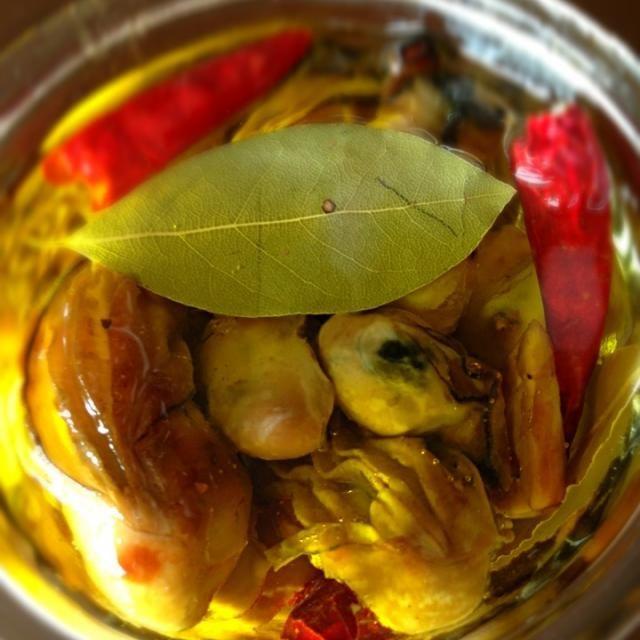 牡蠣が安かったので久々に作りました☆ シャブリが飲みたい♪(´ε` ) - 66件のもぐもぐ - 牡蠣のオイル漬け♪(´ε` ) by misa5311