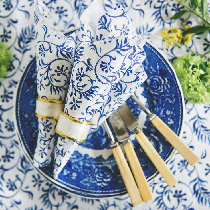 Fresh HAVI'S Indigo Flower pattern. Summer tablesetting inspiration by scandinavian brand HAVI'S.  #indigo #havis1829 @havis0356 #havishome