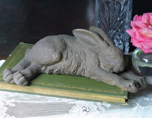Victorian Trading Co. Rabbit Statue