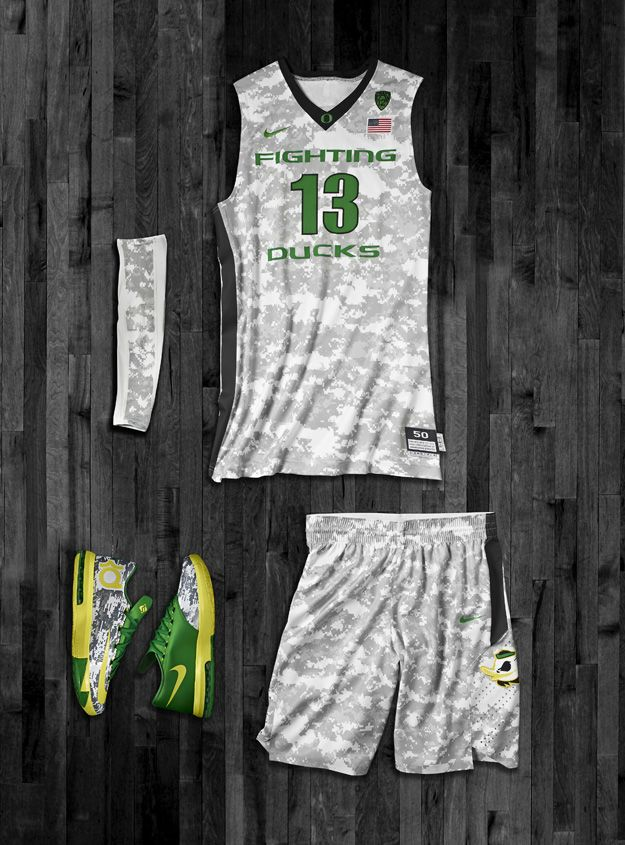 Camo Oregon Basketball Uniforms, Shoes for Tonight - NikeBlog.com