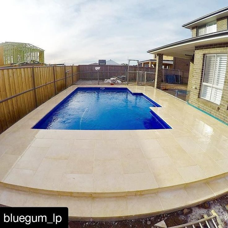 Amber Tiles Kellyville: Marseille Limestone pavers expertly presented by @bluegum_lp. #limestone #naturalstone #poolinspiration #poolsurround #ambertiles #ambertileskellyville