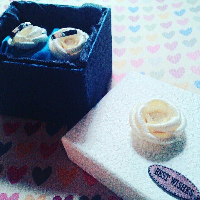 L.O.V.E  AlhamduLillah   #ring #box #enggagement #wedding #lamaran #pernikahan #diy #doityouself #diyindonesia #diywithlove #handmade #kreasiku #hobbyku #flowers #blue #white #biru #putih #byme