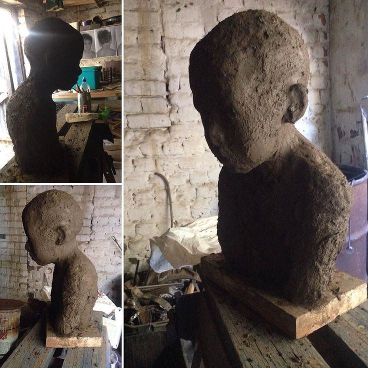 Started one of my nephew Jesse straight from the clay dug out of the dam. #sculpture #portaitsculpture #sculpturesofchildren #clayportrait #fineart #contempraryart #southafricanartists #pin