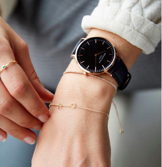 Armbanduhr am arm  Die besten 25+ Rosefield uhr Ideen auf Pinterest | schwarze Fossil ...