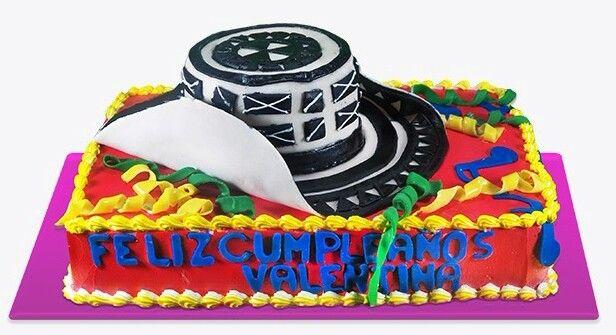 Torta sombrero. colombian hat cake