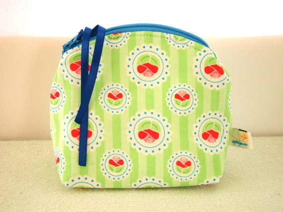 Zipper Cosmetic Purse in Green and Pink Flowers by SofiAlgarvia, €10.00