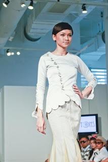 Fancy Modern Baju Kurung by SHAHIDA SHARIFF