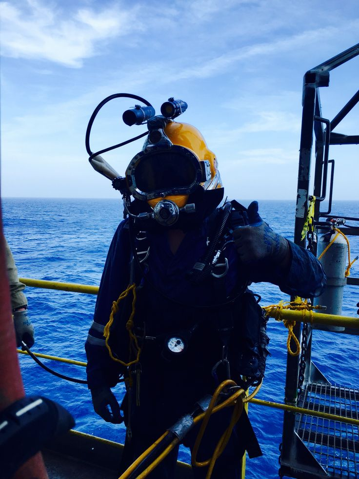 Offshore Diver Pictures : Offshore diving in the gulf of mexico sea