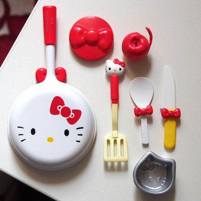 "Hello Kitty Kitchen Accessories: Re-ment HELLO KITTY ""I Love Cooking"""