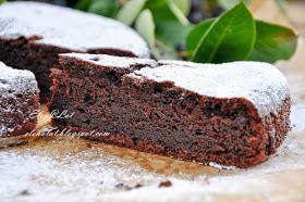 Предлагаю Вам шоколадный пирог на основе маскарпоне. Безумно быстрый, но очень вкусный. Получается такой влажный, очень шоколадный пиро...