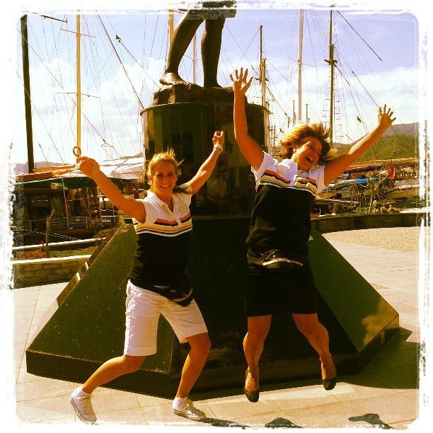 Holpaa! Vaikka arki onkin toisinaan työlästä ja päivät pitkiä, oppaan työssä saat nauraa, nauttia ja pitää hauskaa! www.tjareborg.fi/matkaopas