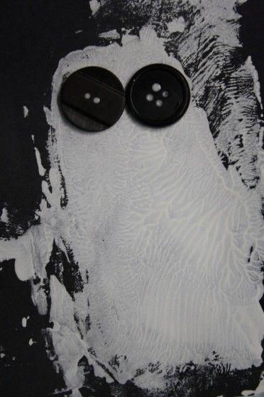 paint print ghosts - Happy Hooligans