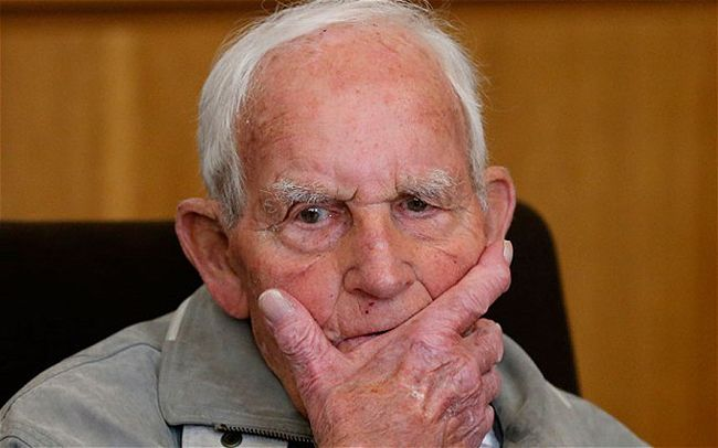 El ex médico de Auschwitz SS será juzgado en Alemania - http://diariojudio.com/noticias/el-ex-medico-de-auschwitz-ss-sera-juzgado-en-alemania/159545/