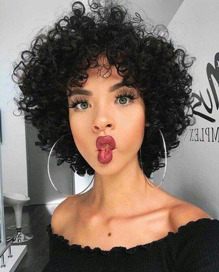 Penteados encaracolados curtos chiques para mulheres   – haircut