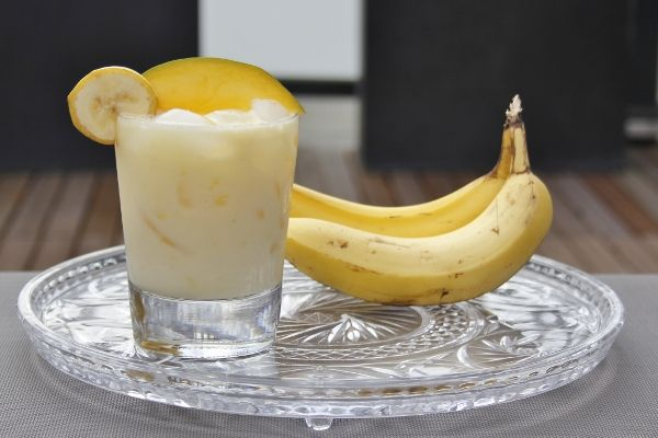 De Coco Carnival is cocktail gemaakt met kokos en banaan. Bekijk het recept op Cocktailicious.nl en maak zelf een lekkere Coco Carnival!