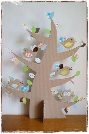 albero con silhouette in cartone