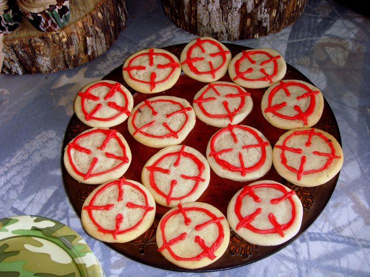 Hunting themed birthday party.  Sugar cookies made to look like looking through the crosshairs of a scope.  :)