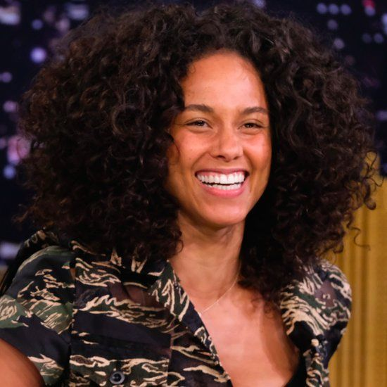 """The 3 """"No-Makeup Makeup"""" Products Alicia Keys Uses in Her Barefaced Beauty Routine"""