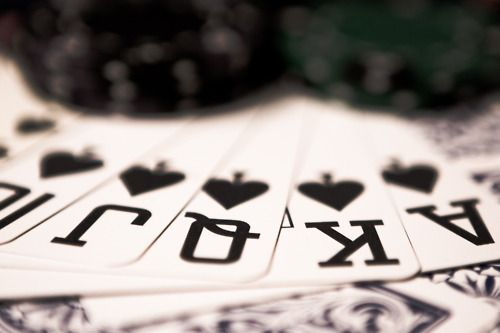 Royal straight flush - Would LOVE to play in a real poker tournament!