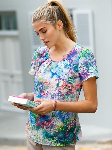 Shirtbluse Easycare: Angezogener als ein T-Shirt, aber unkomplizierter als eine Bluse. Mit femininen Schmuckfalten. Bügelfrei. – feminine shirt blouse, non-iron