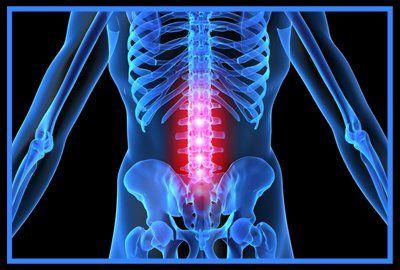 Позвоночник – важнейшая структура человеческого скелета. Собственно, это его основа. В свою очередь сам позвоночник состоит из нескольких отделов. Мы уже рассказывали о двух из них: шейном и грудном. Сегодня речь пойдет о поясничном отделе. Поскольку именно в этой части туловища располагается центр тяжести человеческого тела, то и основные нагрузки приходятся также на него. К сожалению, этот фактор становится причиной множества осложнений и заболеваний, но уберечься от них все же можно…