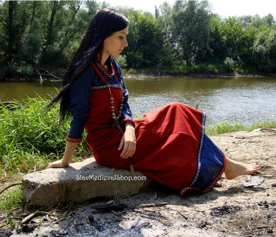 Scandinavian Apron Dress made of wool, by Slav Medieval Shop.