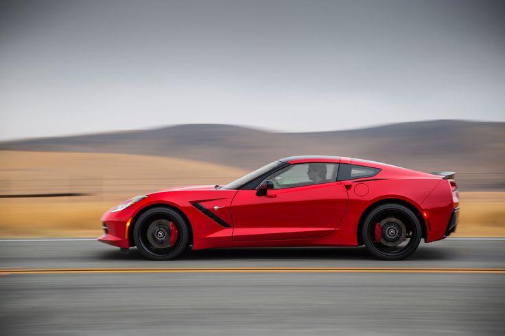 2015-chevrolet-corvette-stingray-profile-drivers-side-in-motion.jpg (2048×1365)