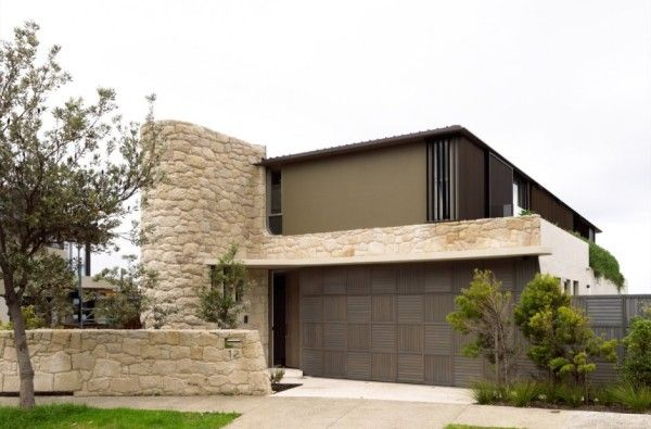 Exterior Design from Luxury Rustic House with Contemporary Design in Sydney Australia 600x395 Luxury Rustic House with Contemporary Design in Sydney, Australia/