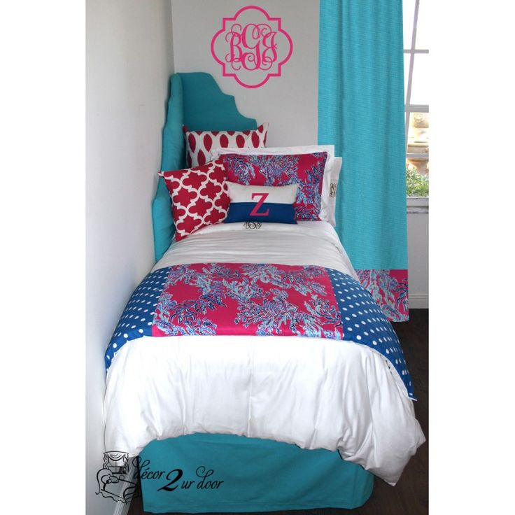 17 best images about lilly pulitzer bedding and lilly dorm for Hot pink bedroom set