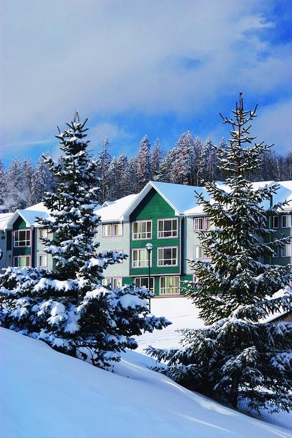 Cozy winter campus by UNBC, via Flickr. #unbcNE