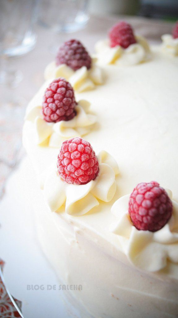 Layer cake aux framboises ( gâteau à étages )